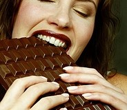 lady-eating-chocolate