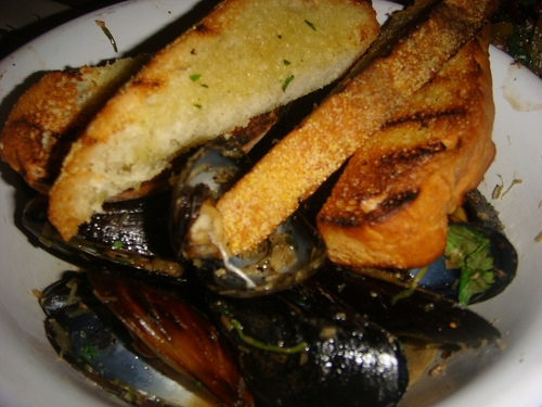 wok roasted mussels