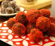 these rum balls are perfect for your next party (by yourself or with other people)