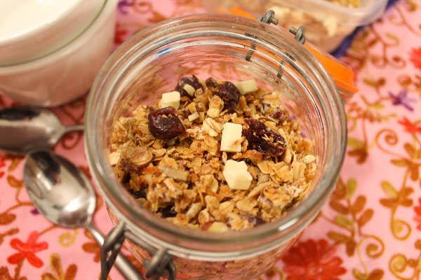 coconut cherry granola