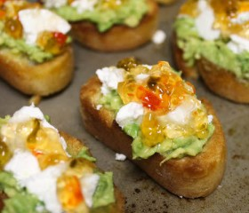 goat cheese and avocado bruschetta