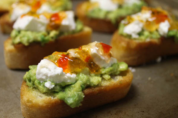 goat cheese and hot pepper jelly bruschetta