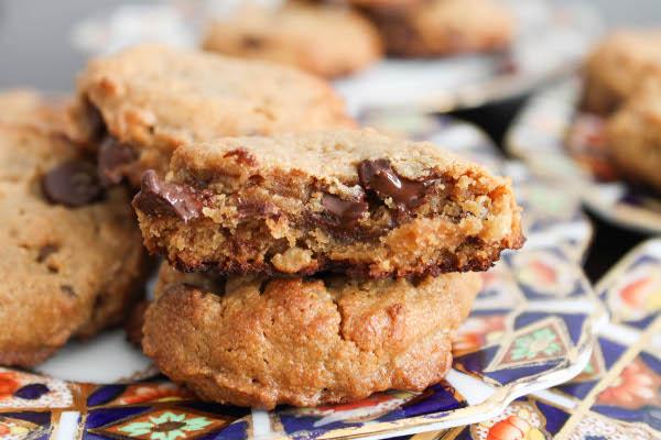 Peanut Butter Chocolate Chip Rice Crispy Cookies