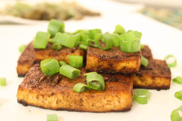 tofu-with-balsamic-glaze-and-scallions