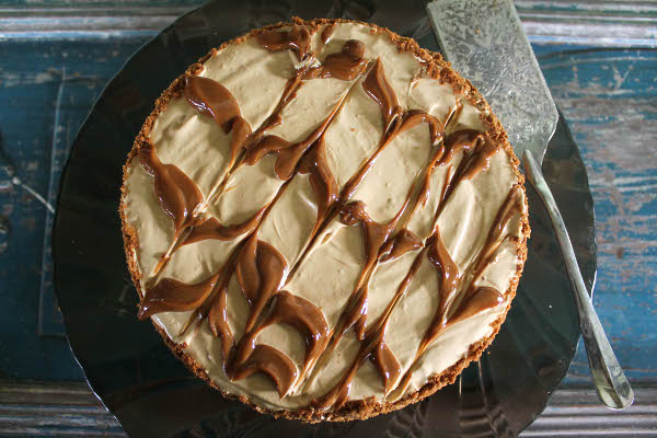 chocolate rum dulce de leche pie