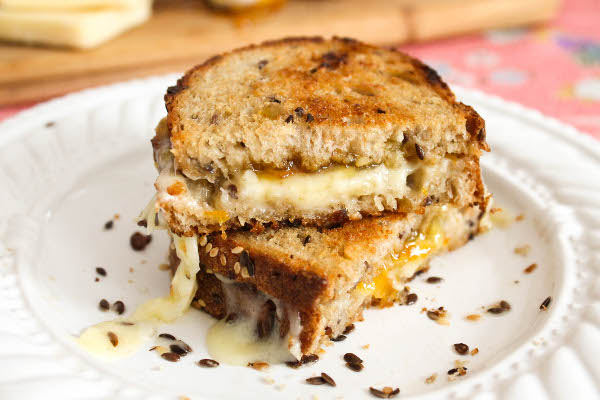 grilled cheese with orange marmalade