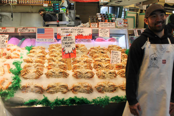 flying fish stall pike place