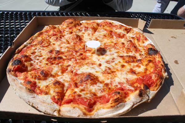reginas pizza north end
