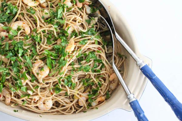 shrimp aglio olio pasta