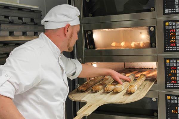 paul bakery fresh baguettes