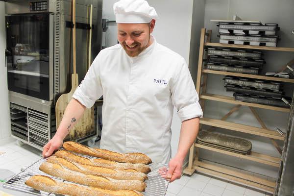 paul bakery fresh bread