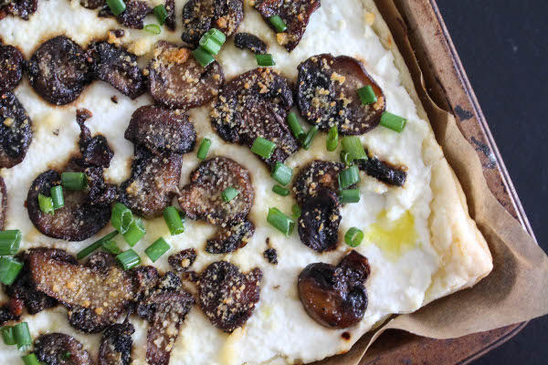 mushroom ricotta pizza