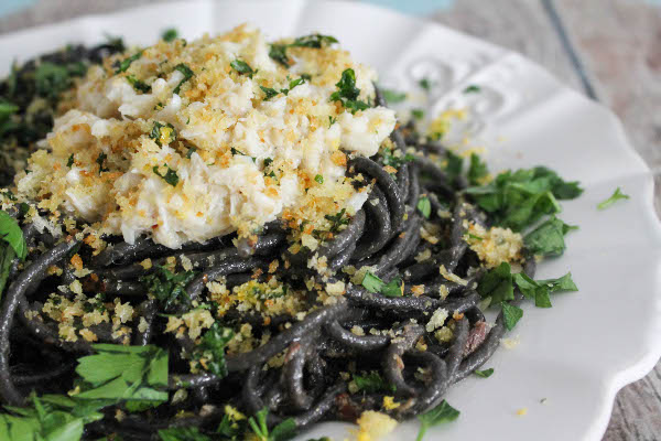 squid ink spaghetti with crab