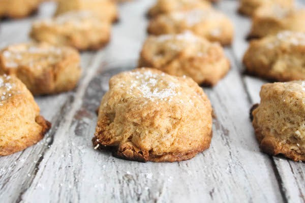 mini lemon white chocolate scones