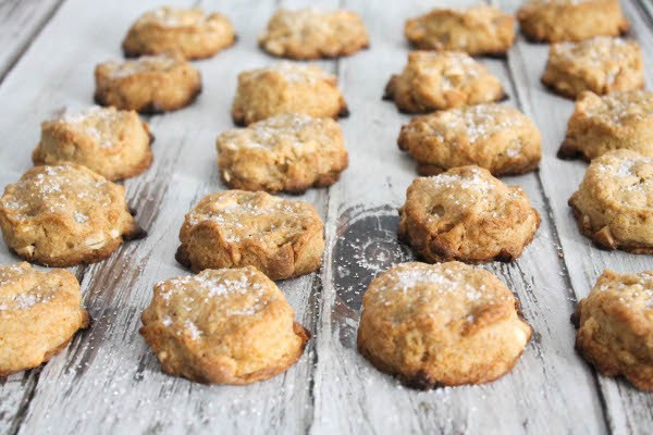 mini white chocolate scones