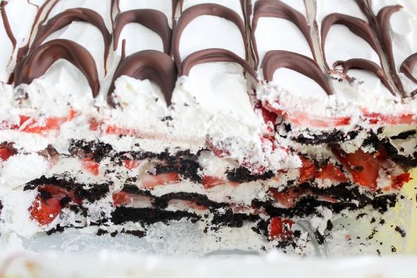 nutella strawberry icebox cake