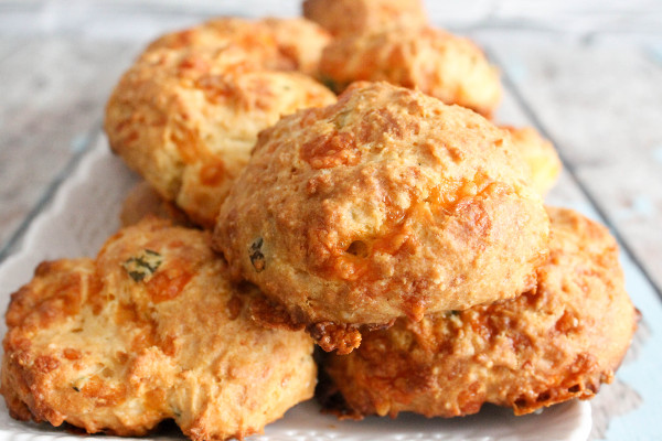 Cheddar Scallion Drop Biscuits and a Cooking Class - Confessions of a ...