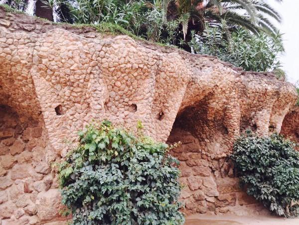 parc guell garden