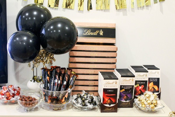 chocolate table lindt