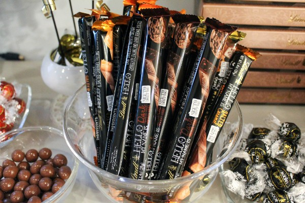 lindt hello sticks