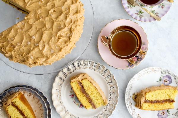 homemade dulce de leche cake