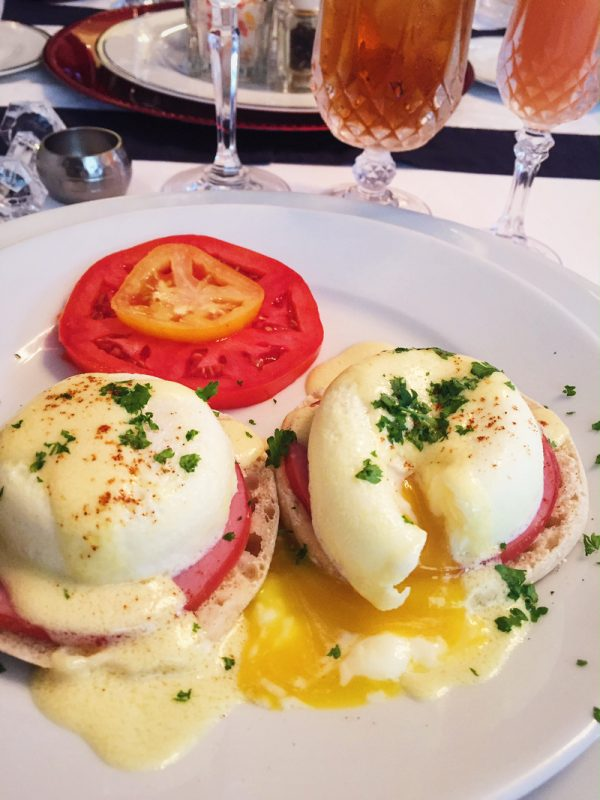 eggs-benedict-abbington-green
