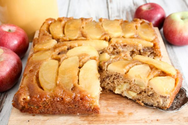 upside-down-caramel-apple-cake