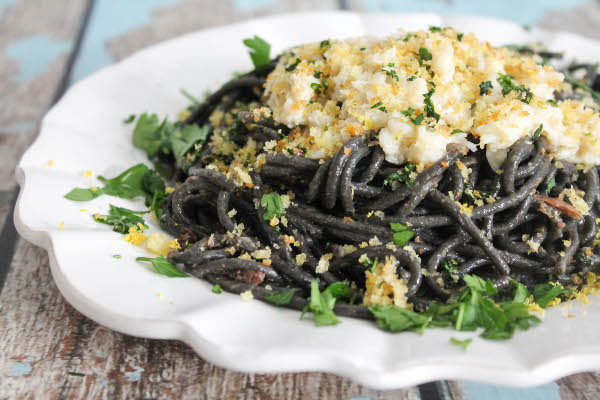 Squid Ink Spaghetti With Ered Crab And Gremolata Breadcrumbs